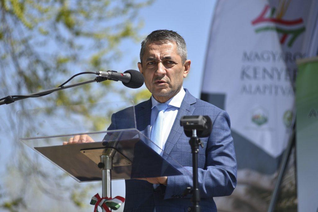 """Staatssekretär nimmt an der Zeremonie """"Brot der Ungarn"""" in Serbien teil post's picture"""