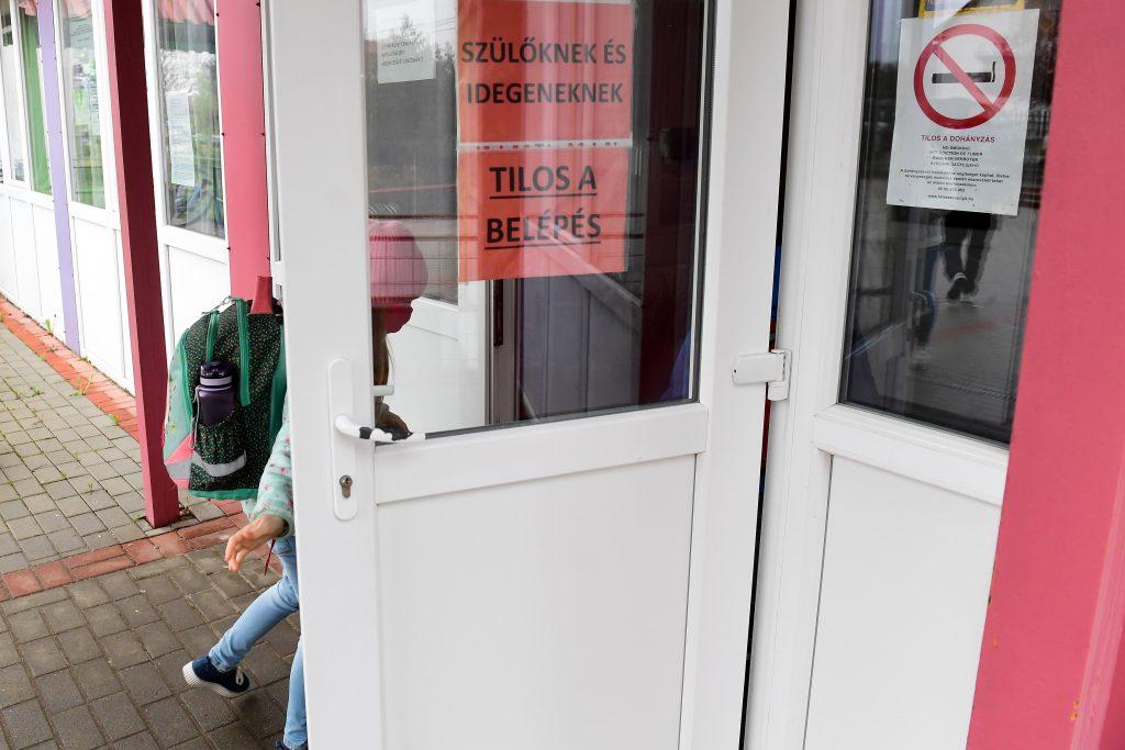 Budapost: Schuljahr beginnt im Zeichen des Streits post's picture