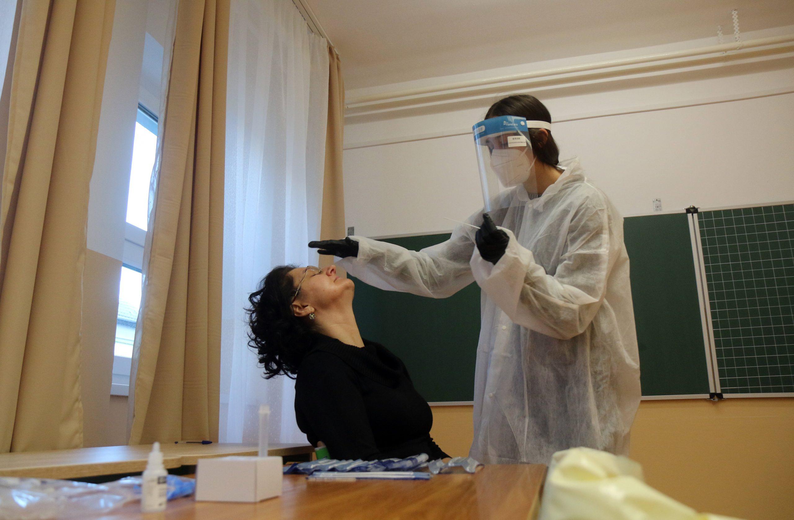 Coronavirus - DK will Lehrer und Schüler vor der Wiedereröffnung der Schulen testen