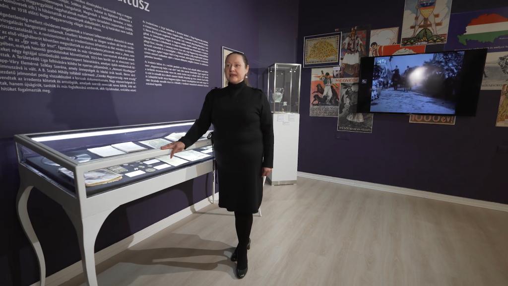 Neue temporäre Ausstellung über den Vertrag von Trianon im Debreziner Déri-Museum