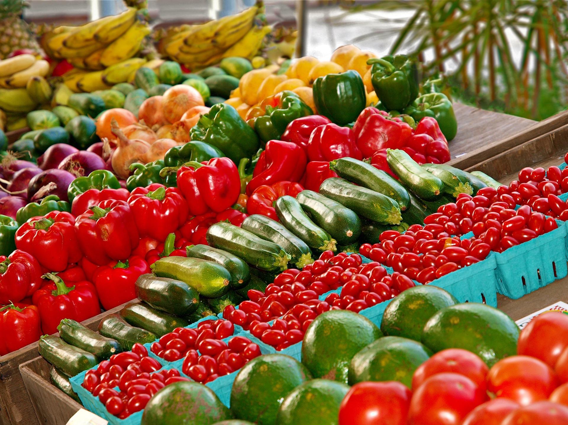 Preise für Grundnahrungsmittel steigen in Ungarn drastisch