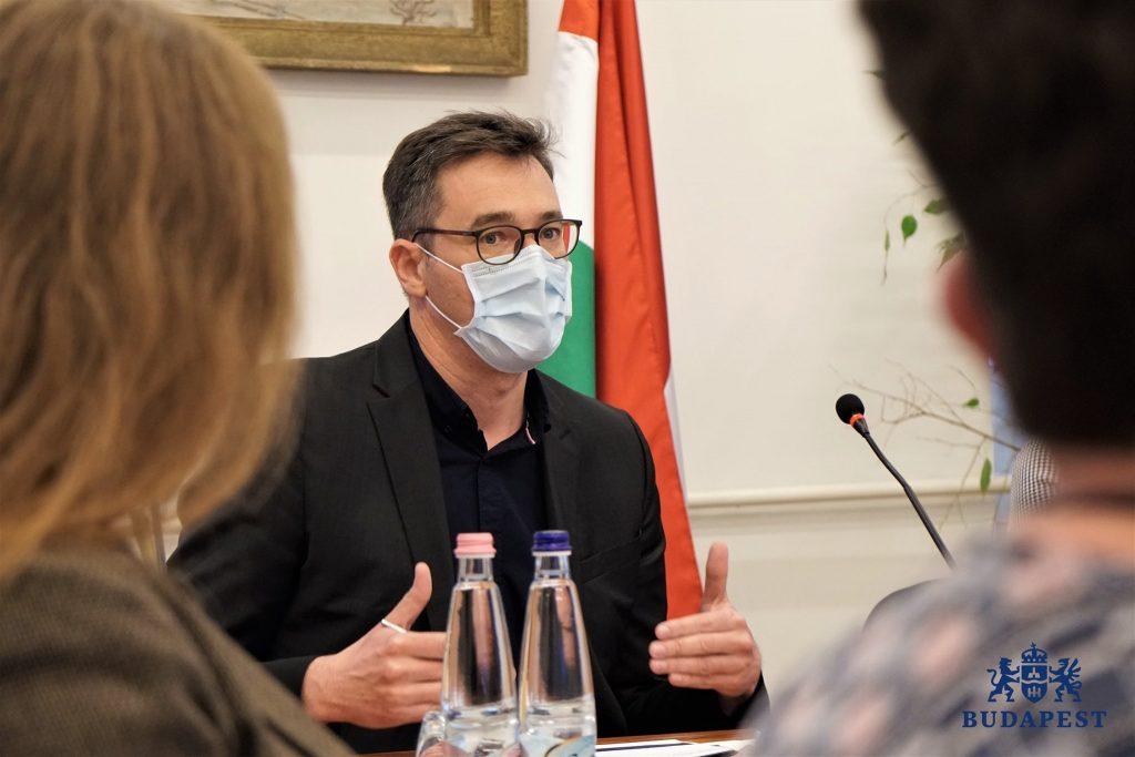 Oberbürgermeister präsentiert einen alternativen Plan zur Verwendung von EU-Kredit