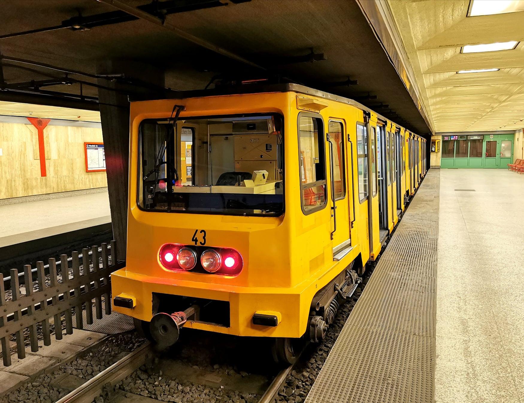 Pläne für die Modernisierung der Budapester U-Bahn-Linie 1 werden in Kürze abgeschlossen sein