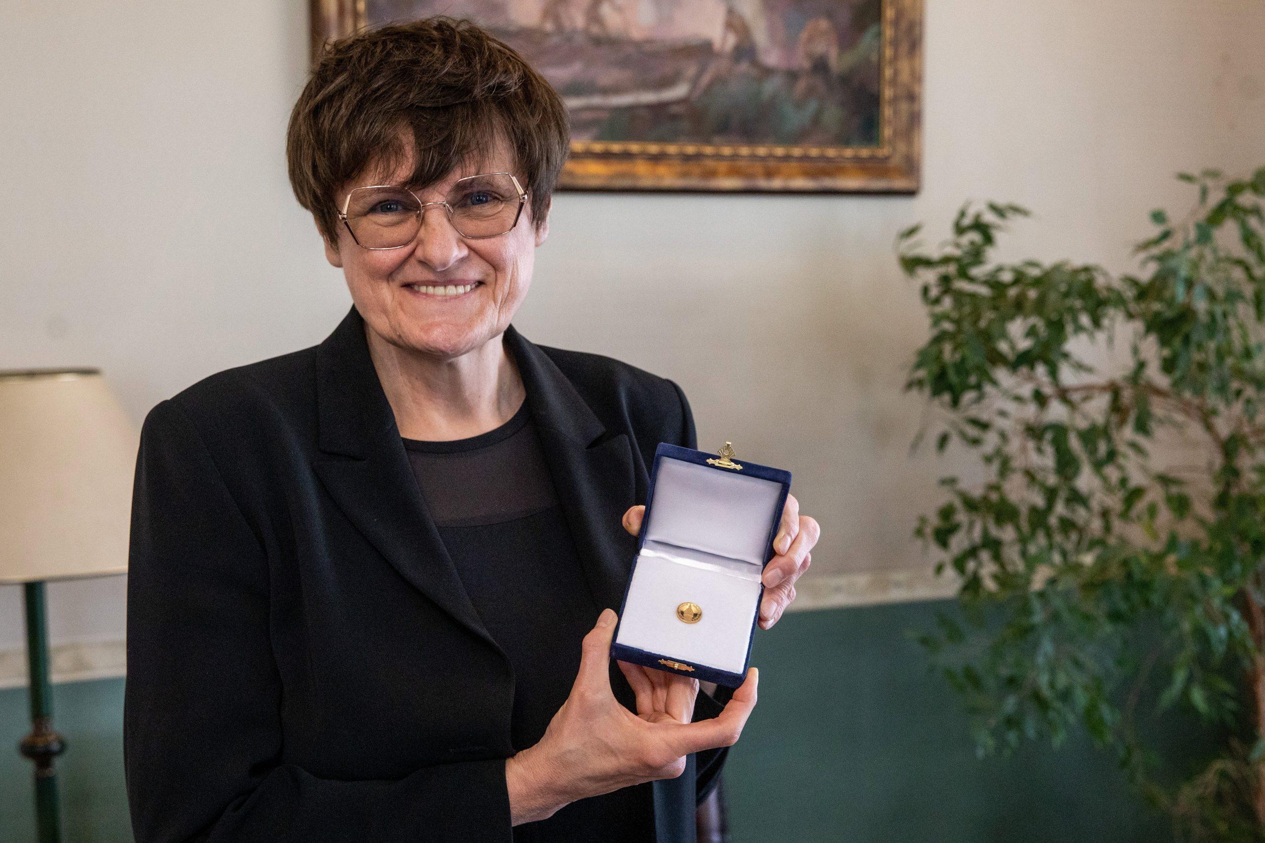 Biochemikerin Katalin Karikó ist Ehrenbürgerin von Szeged