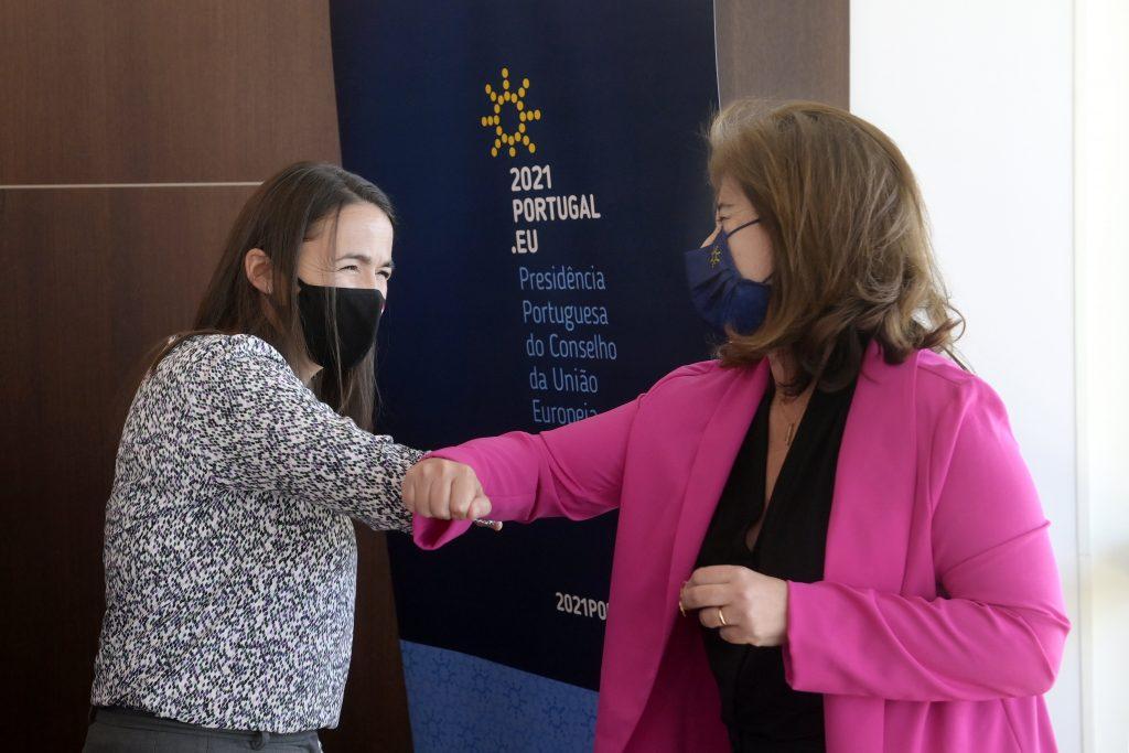 """Familienministerin: Das """"ungarische Modell"""" der Familienunterstützung und der Wirtschaftspolitik bietet Lösungen für Wohlfahrtsprobleme"""