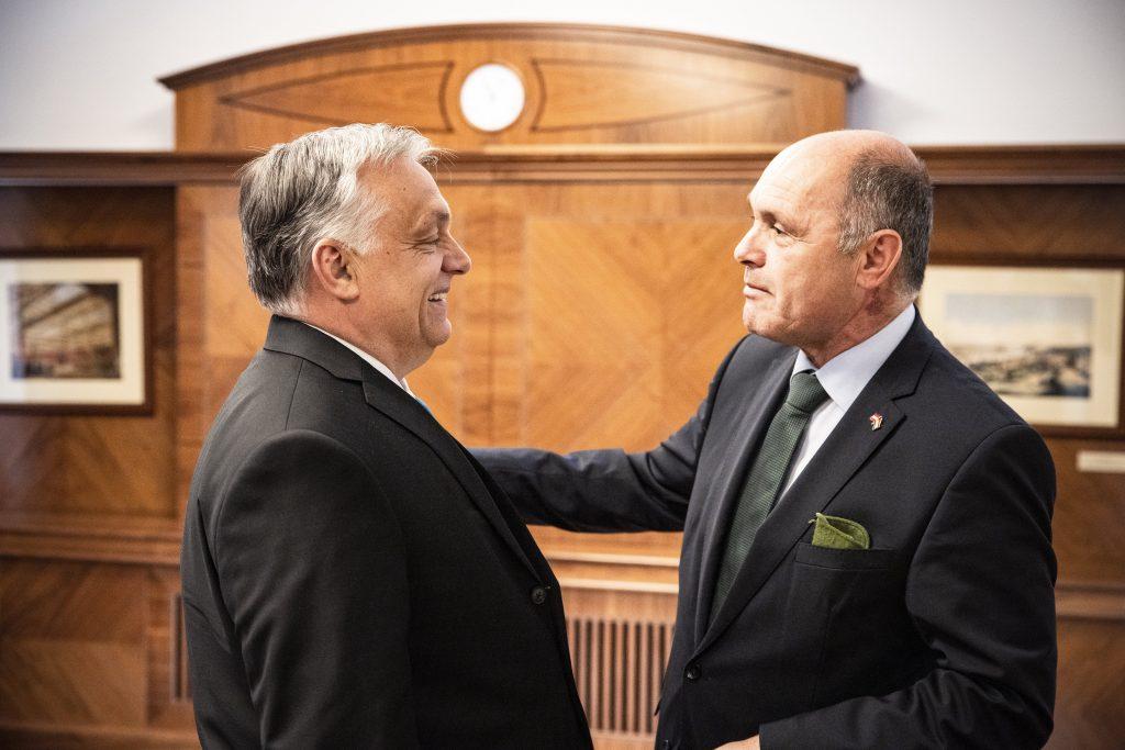 Orbán will, dass Österreich die ungarische Immunitätskarte akzeptiert post's picture