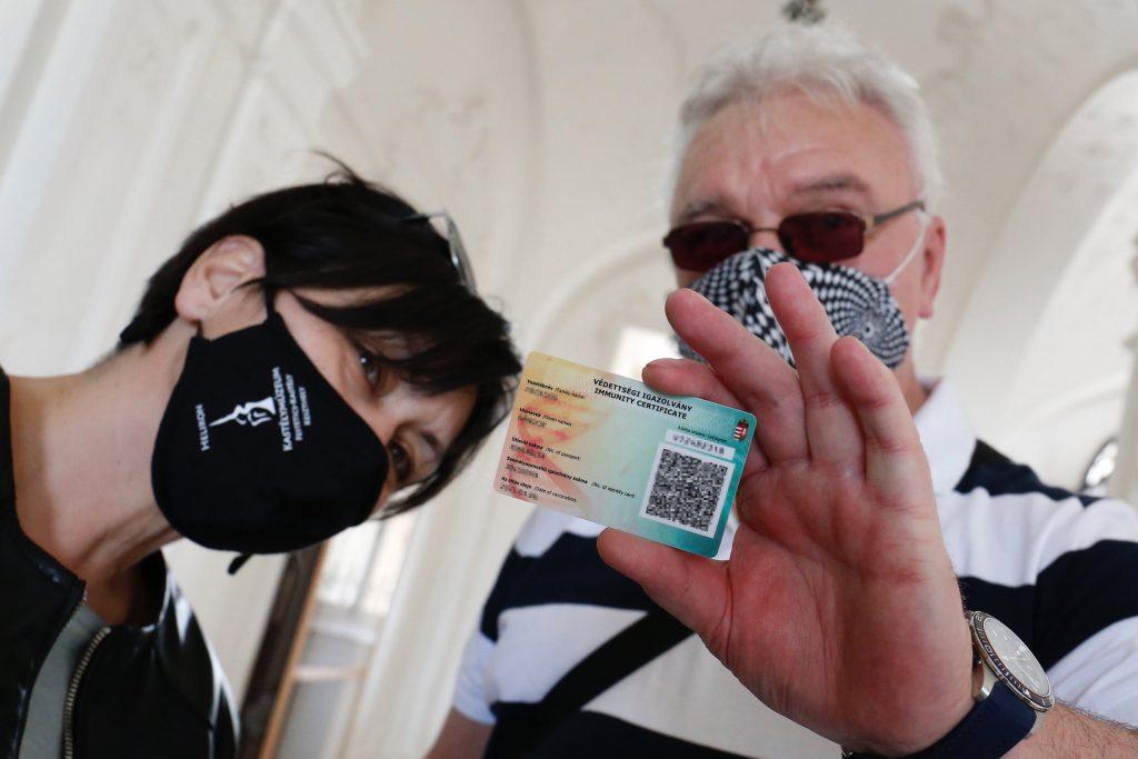 Warum bekommen Ausländer keine Immunitätskarte? post's picture