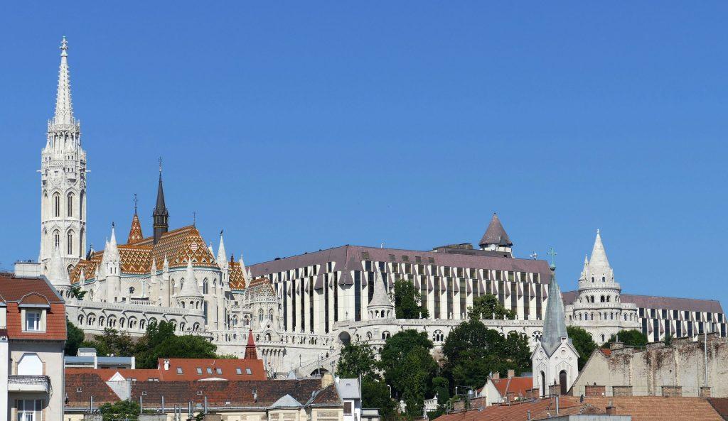 Ungarische Hotels nach Wiedereröffnung teurer post's picture