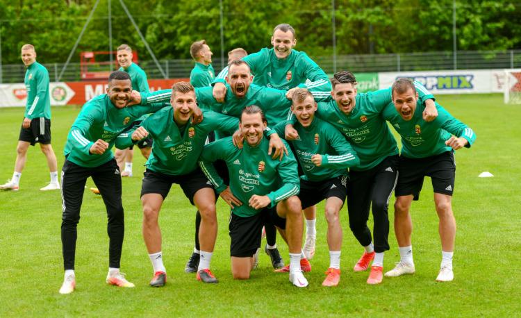 Fußball-EM: Ungarische Mannschaft bereitet sich in Österreich vor