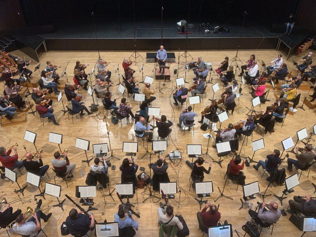 Budapester Festivalorchester widmet Konzert den Corona-Opfern