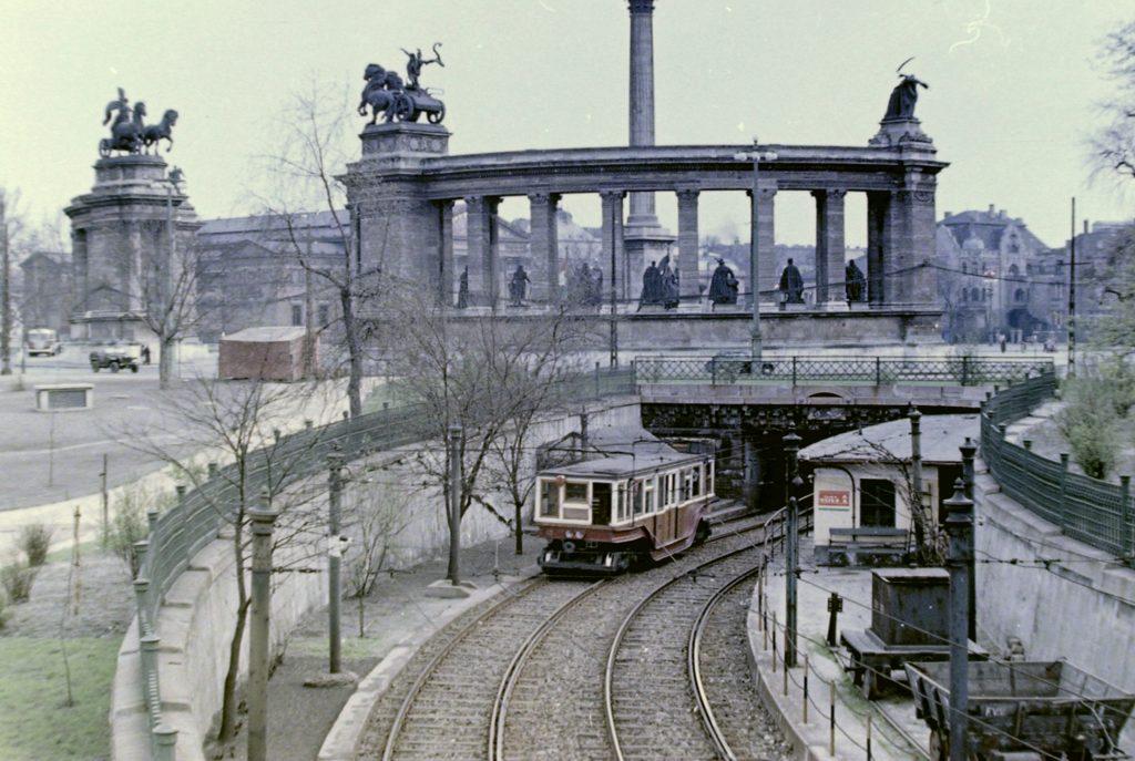 Erste U-Bahn-Linie Kontinentaleuropas wurde 125 Jahre alt