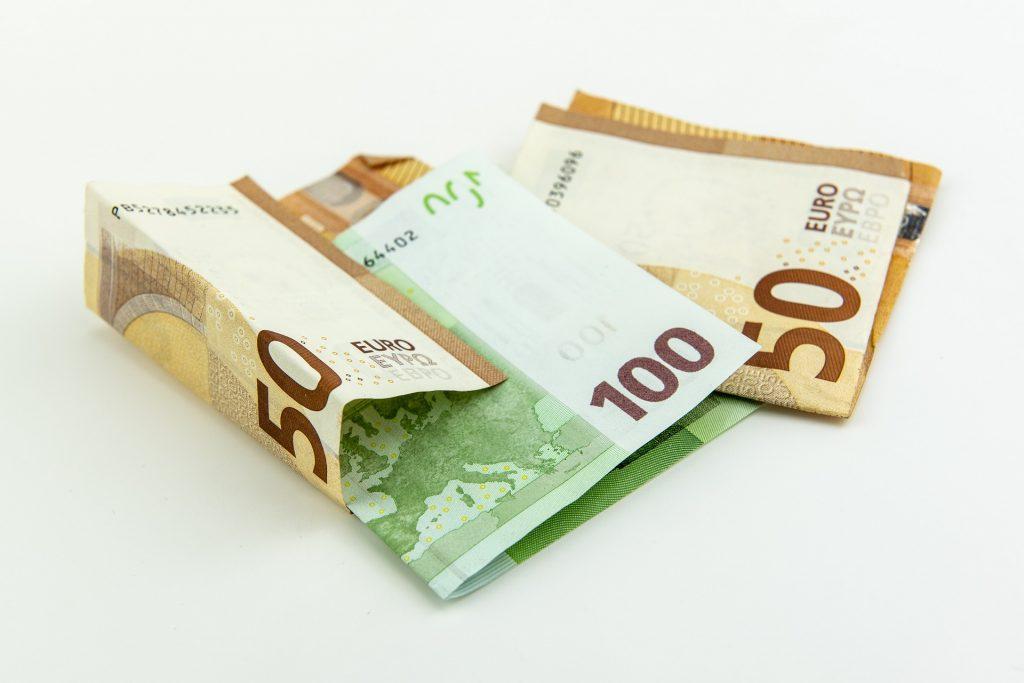 Grünen: Ohne EU-Mittel würde Ungarn nächstes Jahr in eine Rezession geraten