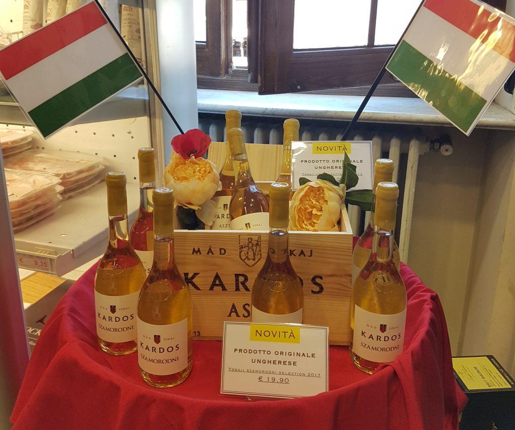 Eduard Habsburg-Lothringen begrüßt Tokajer Wein im Vatikan post's picture