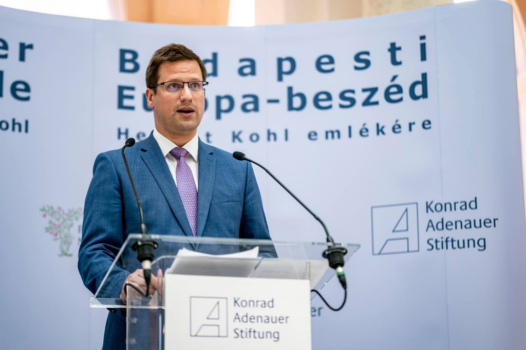 Kanzleramtsminister Gulyás: Helmut Kohl bleibt Vorbild für Christdemokraten post's picture