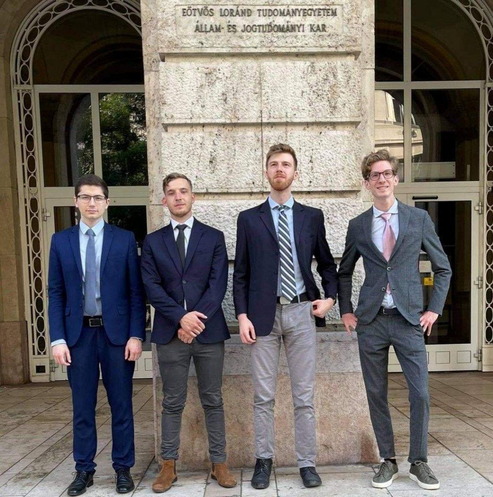 Ungarische Jurastudenten gewinnen globales Wettbewerbsrecht post's picture