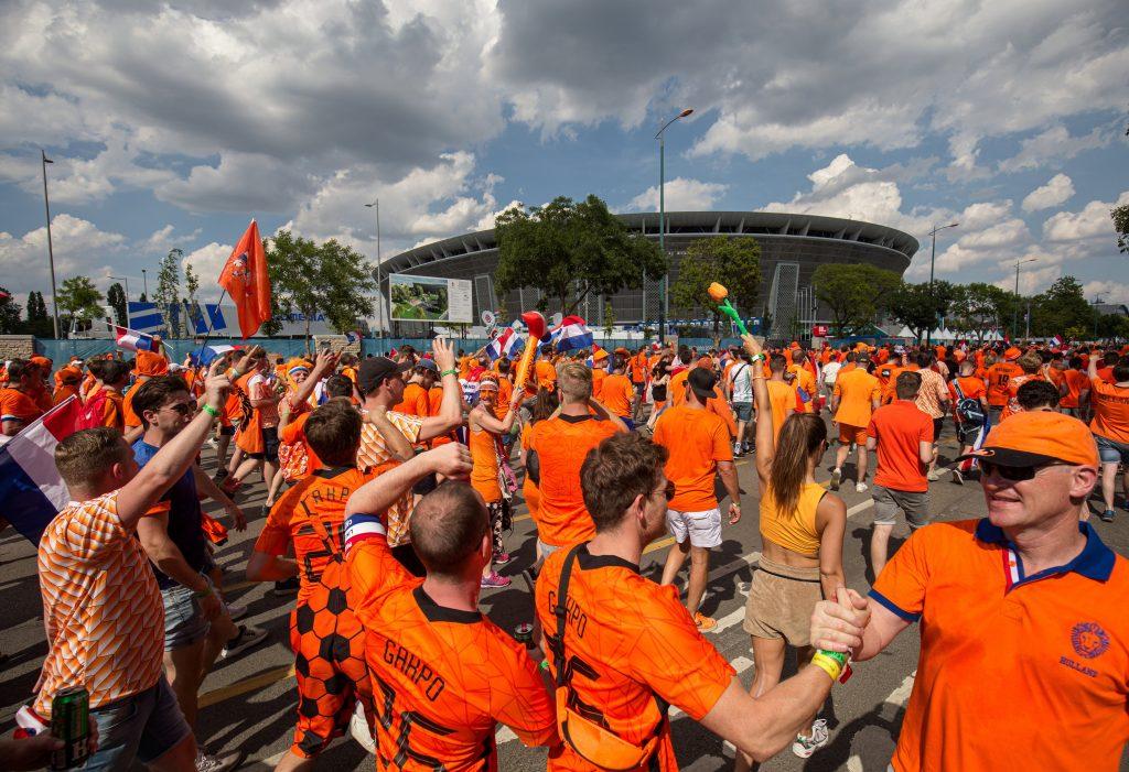 EURO 2020: UEFA soll Regenbogen-Fahnen in der Budapester Puskás-Arena verboten haben post's picture
