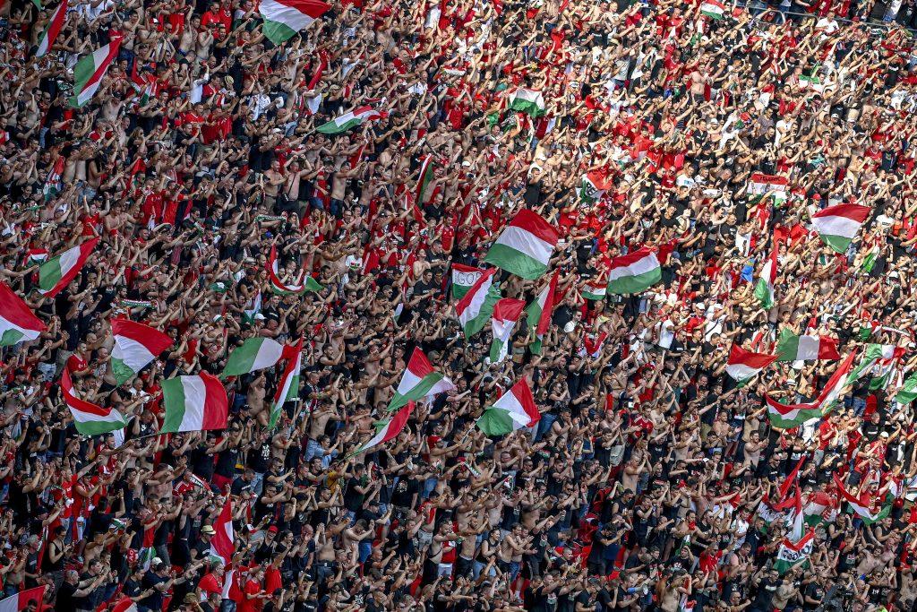 Budapost: UEFA bestraft Ungarn post's picture