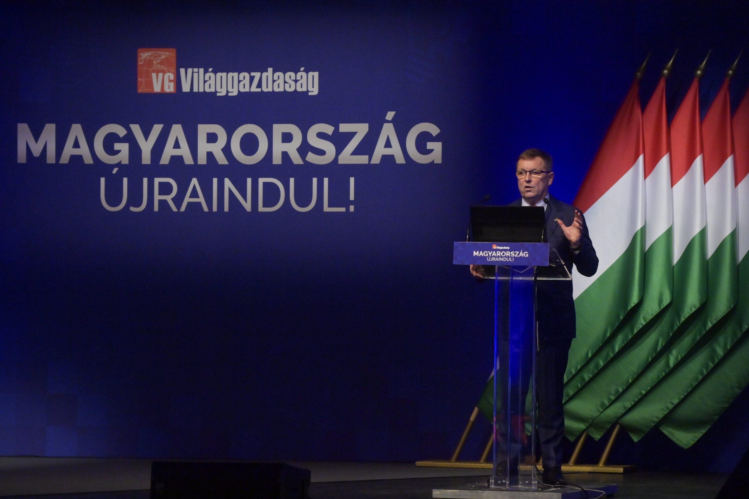 Ungarns Notenbankchef kritisiert das Budget 2022