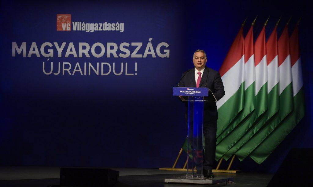 """Orbán: """"Eltern mit unterdurchschnittlichem Lohn bekommen ihre schon bezahlte Einkommensteuer zurück"""" post's picture"""