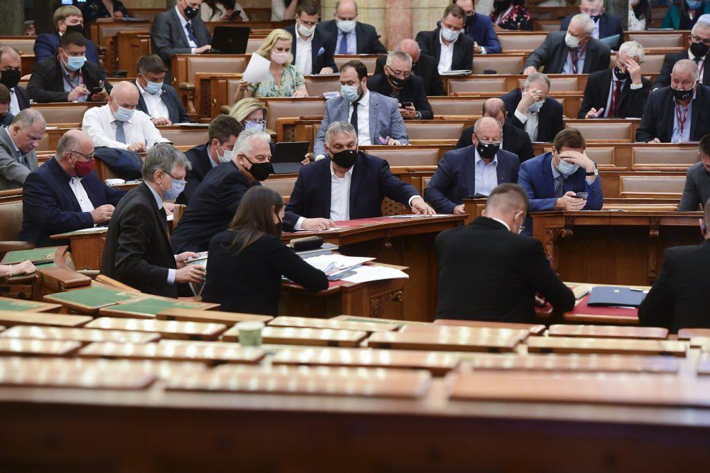 Parlament verabschiedet ungarischen Haushalt 2022 post's picture