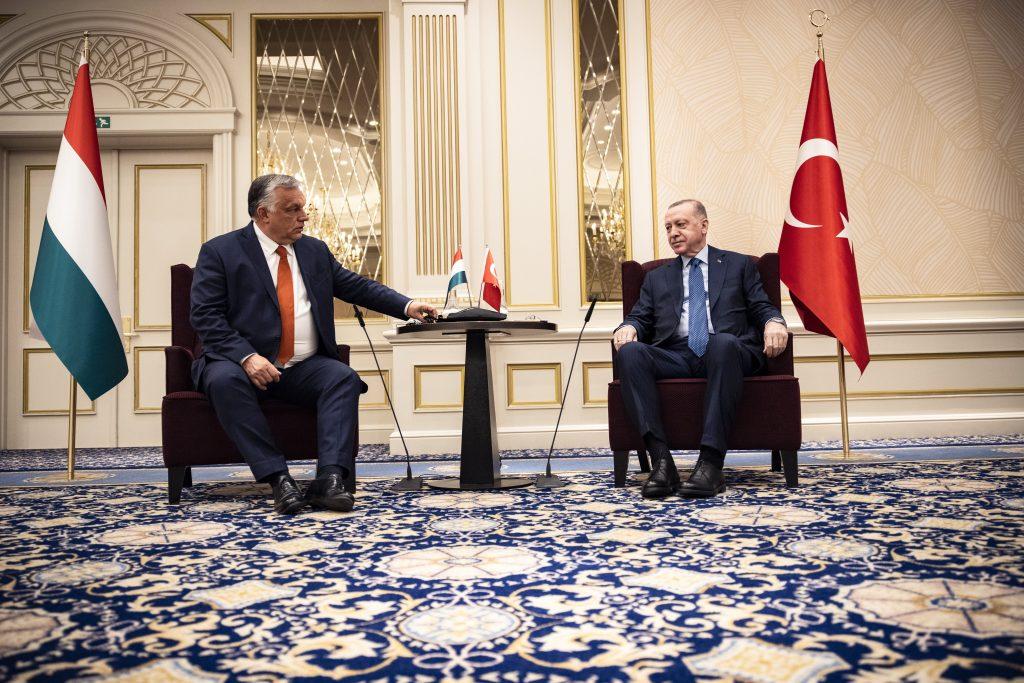 Orbán bespricht Verteidigungskooperation mit Erdogan post's picture