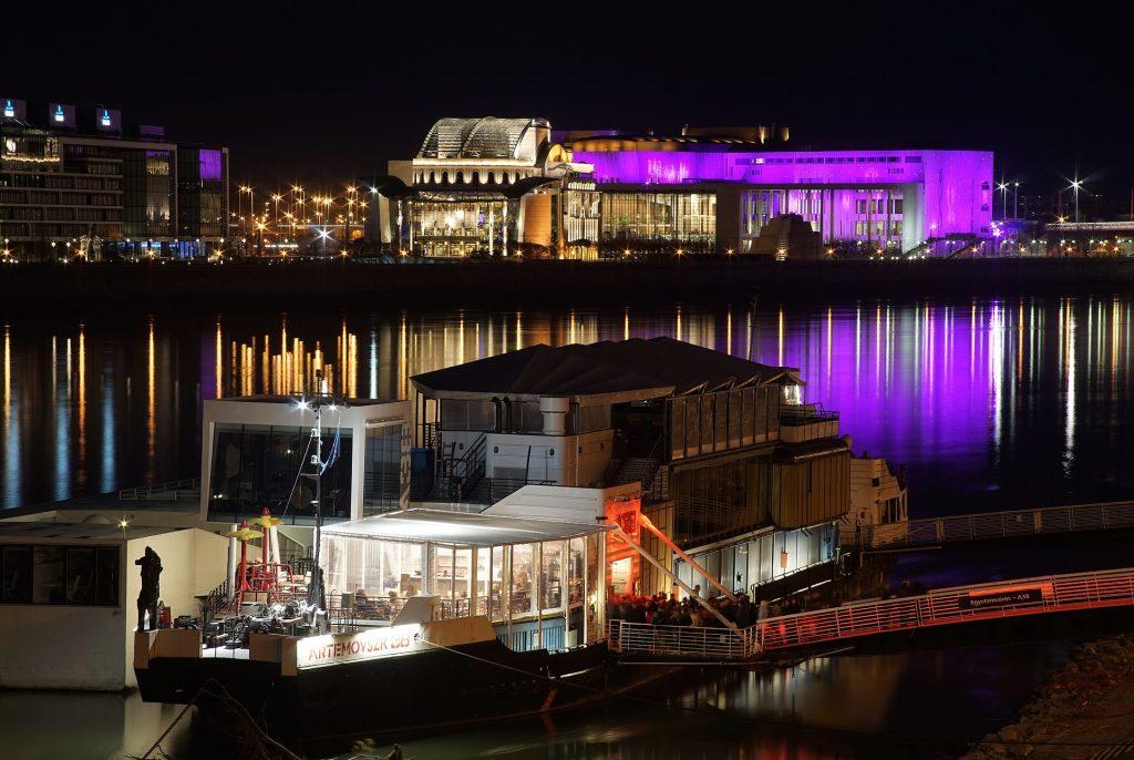 """""""Palast der Künste"""" (MÜPA) öffnet am 24. Juni wieder post's picture"""