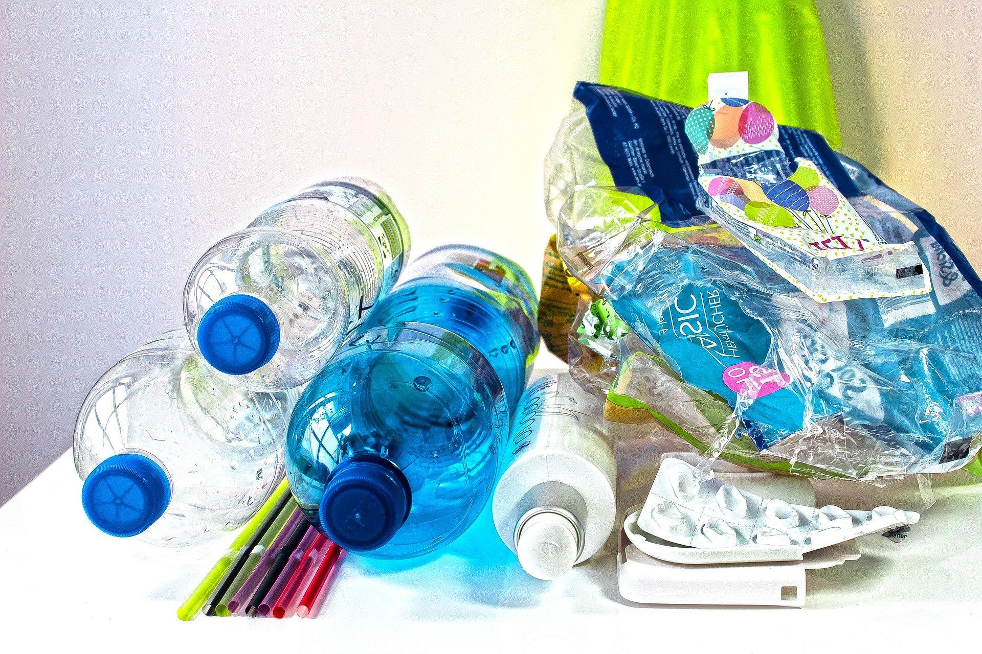 Ungarn verbietet Einweg-Kunststoff