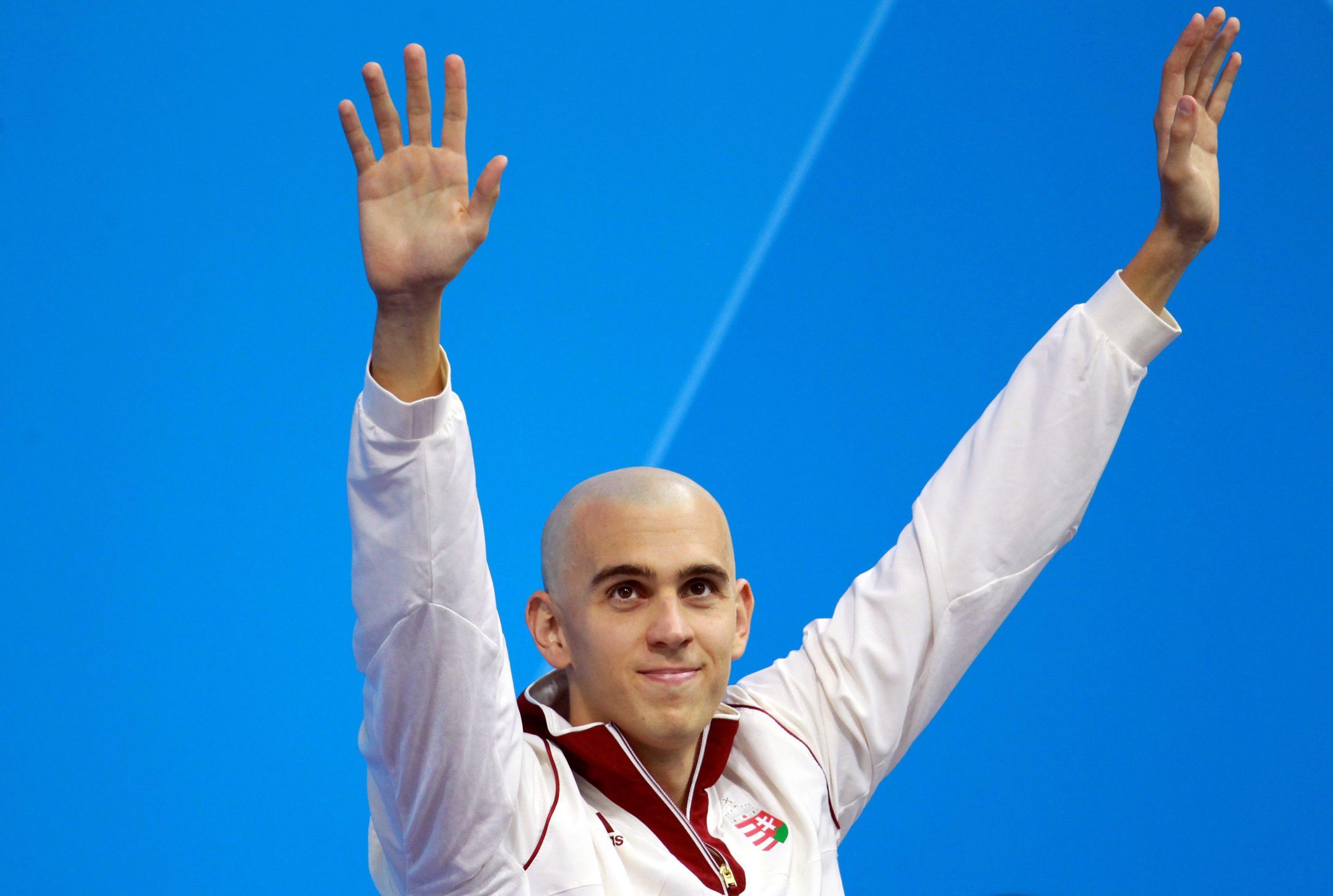 Tokio 2020: Schwimmer László Cseh und Fechterin Aida Mohamed tragen die ungarische Fahne