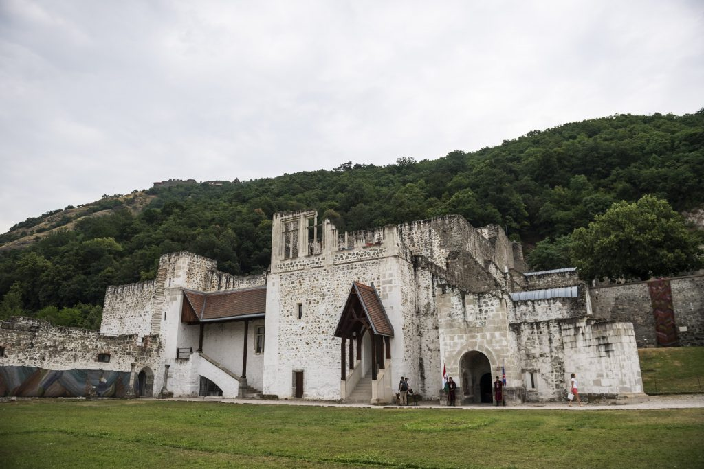 Burg Visegrád wird vollständig renoviert post's picture
