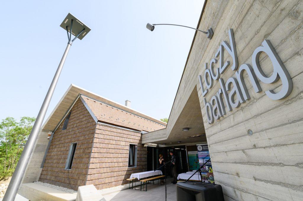 Besucherzentrum der Lóczy-Höhle in Balatonfüred übergeben post's picture