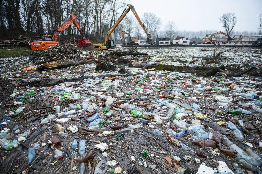Oppositionsparteien: Ungarn droht, von ausländischem Abfall vollgemüllt zu werden post's picture