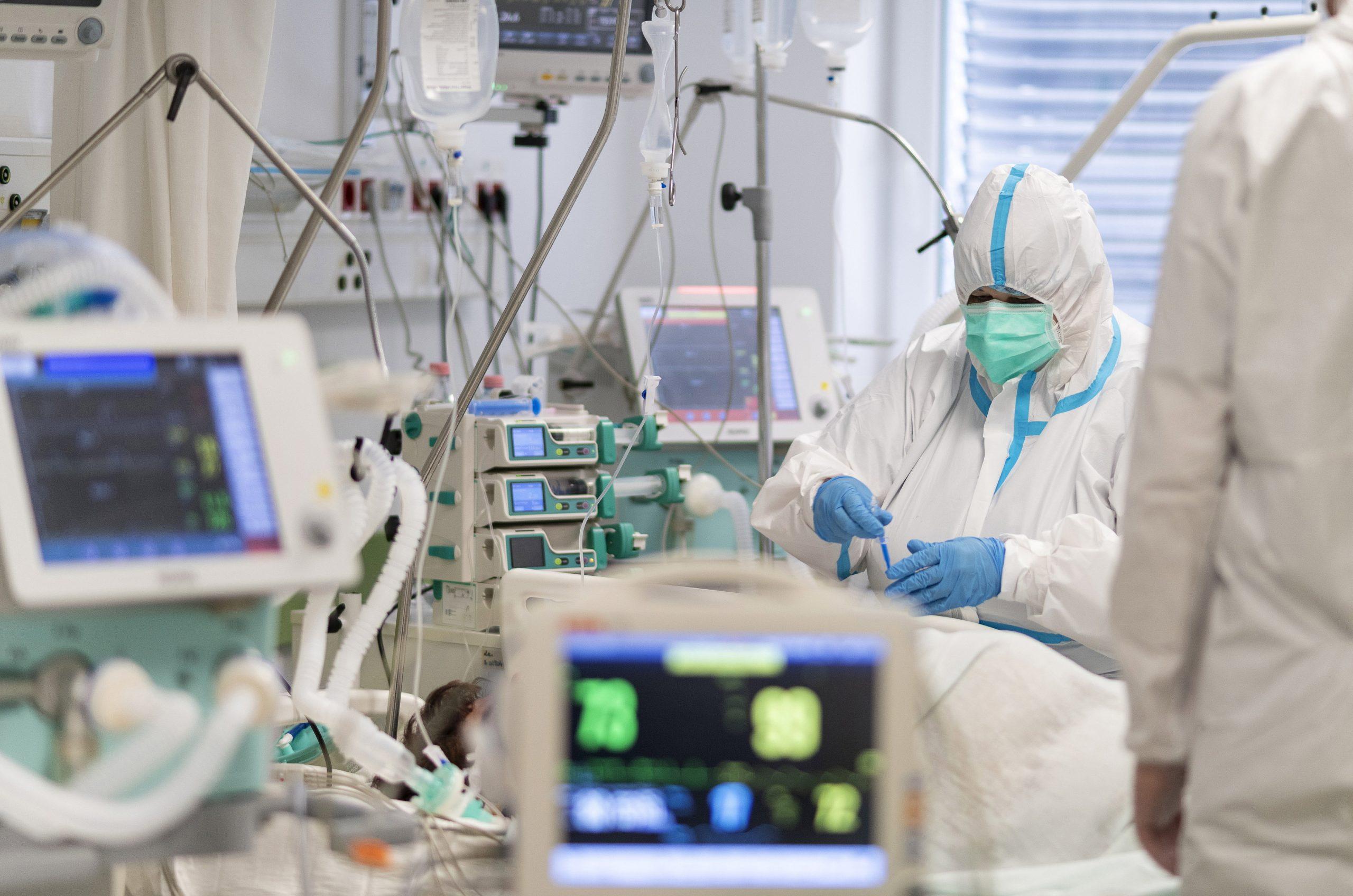 Ungarn spendet 33 Beatmungsgeräte an mongolische Krankenhäuser