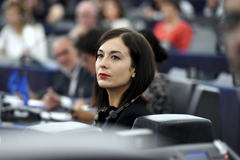 Oppositionspolitikerin beschuldigt, vor ihrer politischen Karriere EU-Gelder gewonnen zu haben post's picture