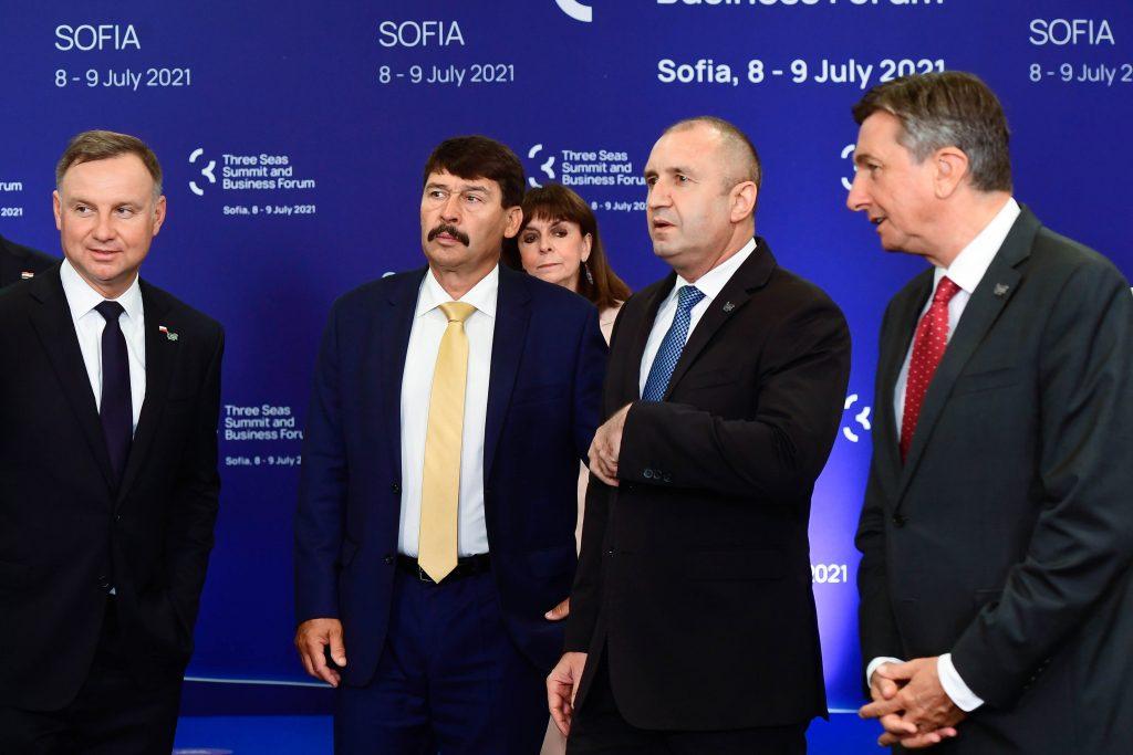Drei-Meere-Gipfel: Präsident Áder hebt die Bedeutung von Transparenz hervor post's picture