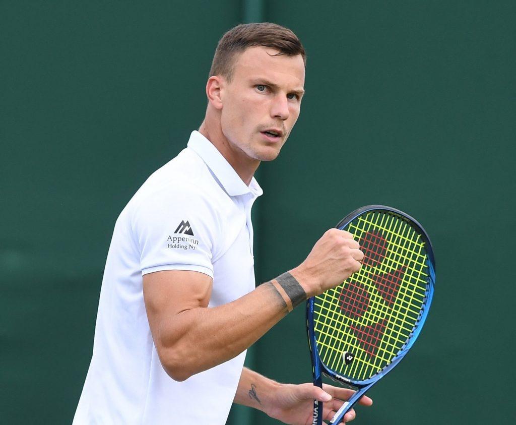 Wimbledon: Fucsovics zieht mit einem perfekten Spiel ins Achtelfinale ein – Highlights! post's picture