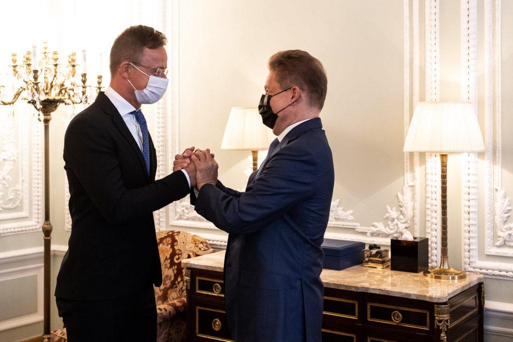 Ungarn und Russland unterzeichnen langfristigen Gasliefervertrag Ende September post's picture