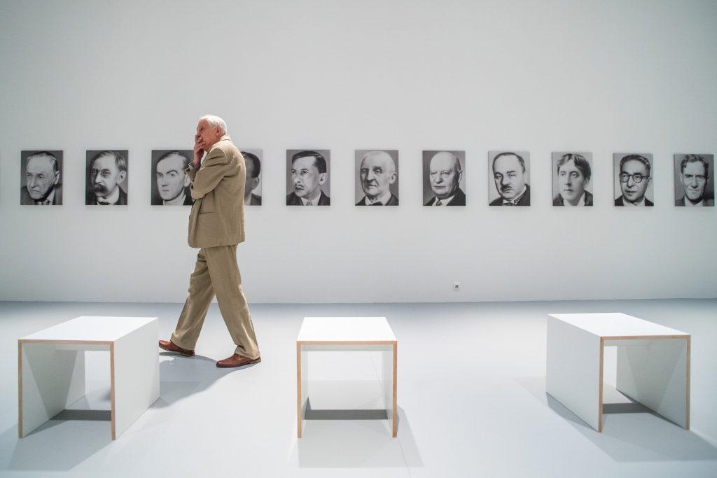 """""""Wahrer Schein"""": Ausstellung des weltberühmten deutschen Künstlers Gerhard Richter post's picture"""