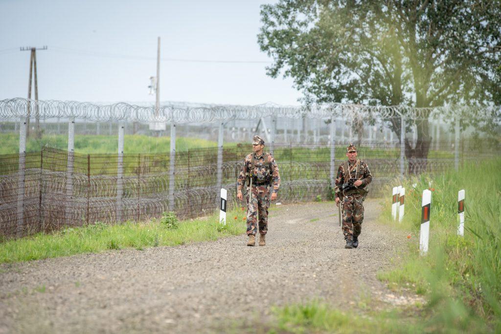 Justizministerin: Regierung wird ungarische und europäische Grenzen schützen post's picture