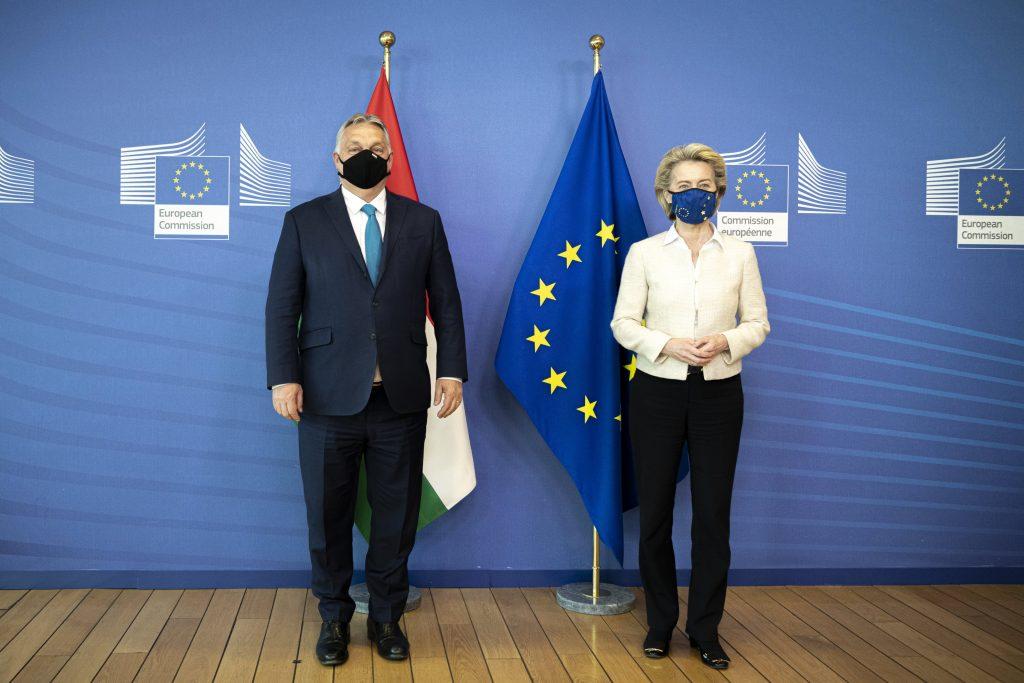 """""""Huxit""""-Kommentare aus Fidesz-Kreisen erzeugen Gegenreaktionen post's picture"""