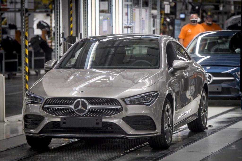 Mercedes-Werk in Kecskemét nimmt Produktion wieder auf post's picture