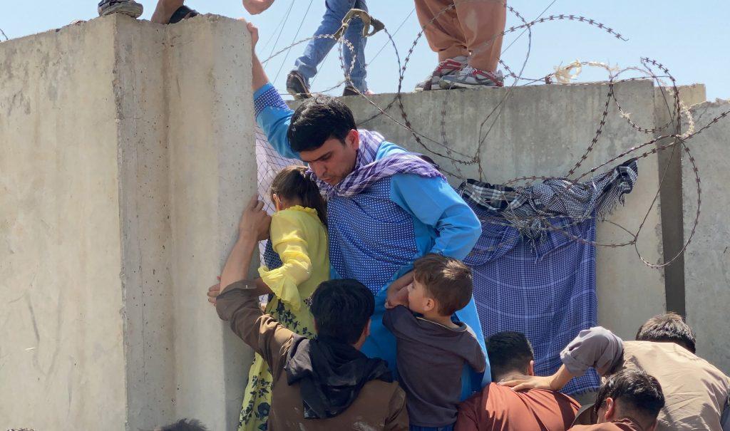 """Regierungsbeamter: """"Ungarn ist gegen unbeschränkte Aufnahme afghanischer Migranten"""" post's picture"""