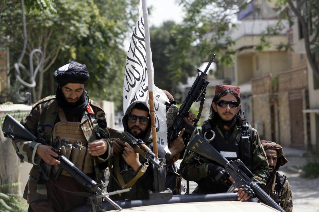Ungarisches Militär rettet 78 Menschen aus Afghanistan post's picture