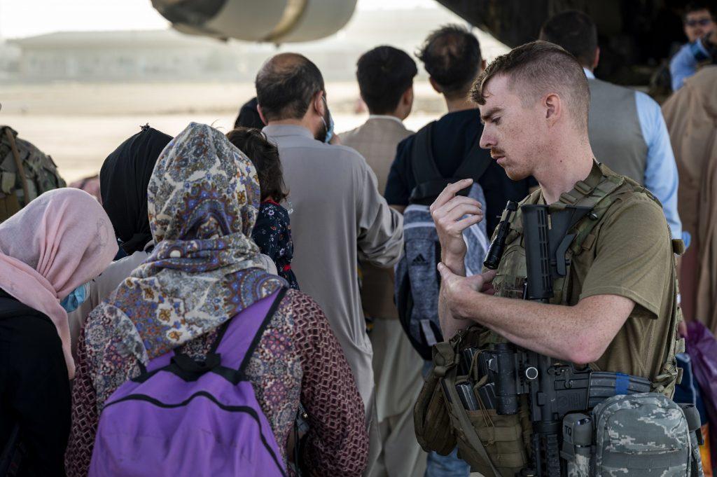 240 Afghanische Flüchtlinge in ungarische Migrationseinrichtungen gebracht post's picture