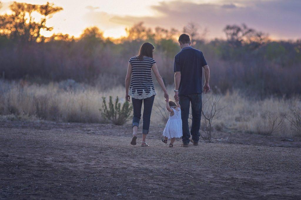 Umfrage: 71 Prozent der Eltern und Großeltern für Kinderschutzgesetz post's picture
