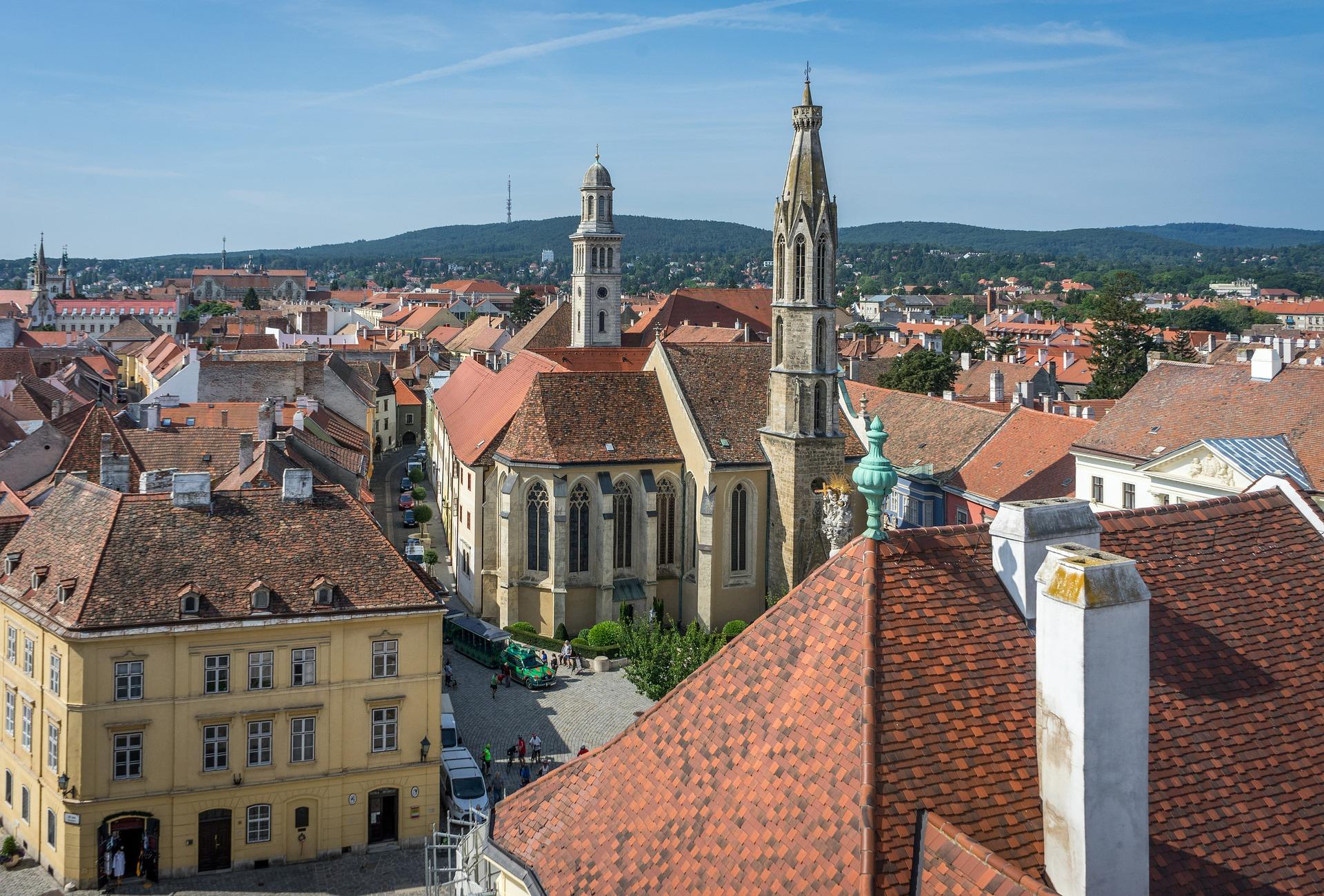 """""""Die Welt"""" empfiehlt einen Besuch ungarischer Städte"""