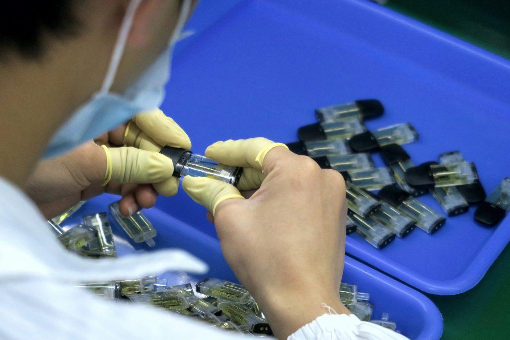 Philip Morris weiht E-Zigaretten-Recyclingzentrum in Ungarn ein post's picture