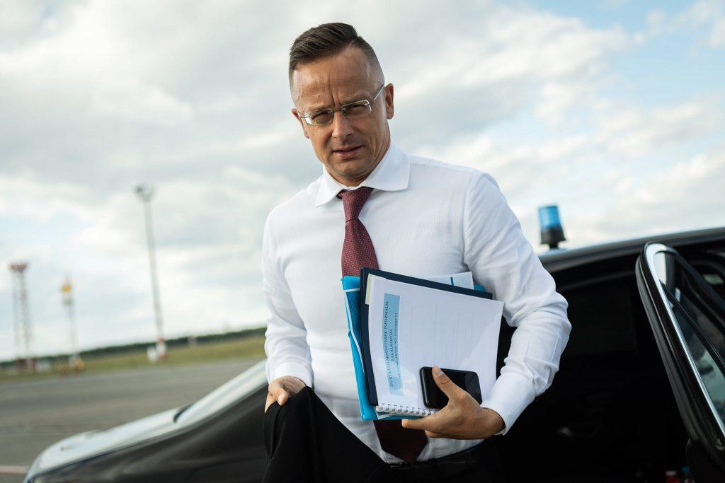 """Außenminister: """"Schwedischer Premierminister lügt über Ungarn"""" post's picture"""