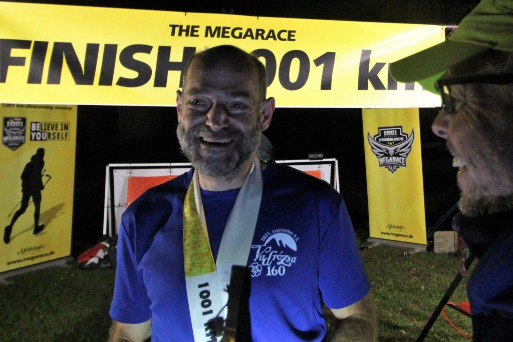 Ungarischer Ultraläufer gewinnt mit 1.001 Kilometern das längste Cross-Country-Rennen der Welt post's picture