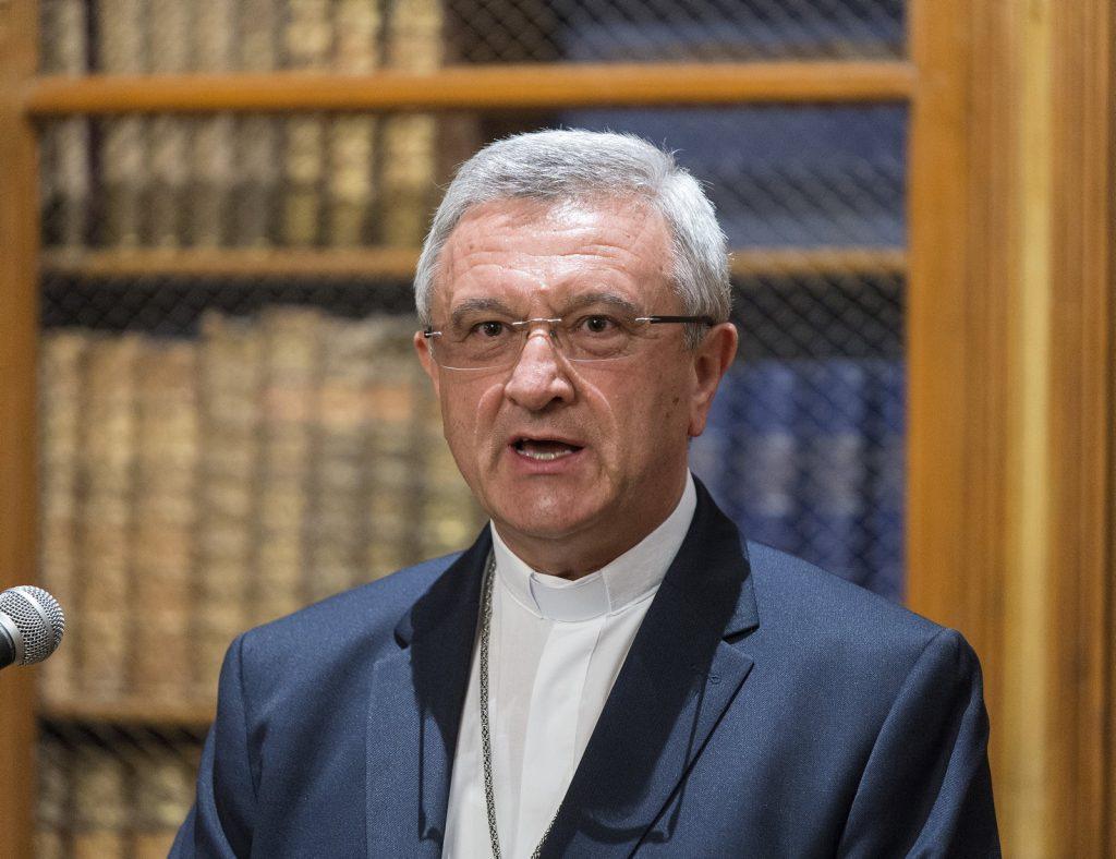 """Diözesanbischof von Győr: """"Wir müssen den christlichen Wurzeln erneut Spross geben"""" post's picture"""