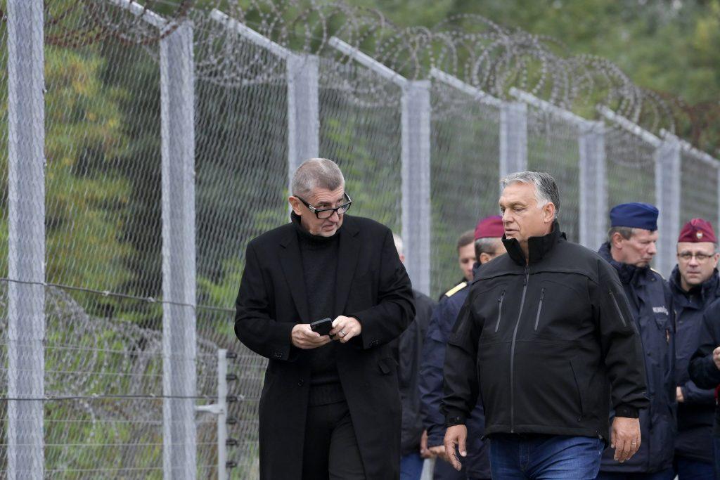 Orbán am Grenzzaun: Brüssel verrät Ungarn und die Europäer post's picture